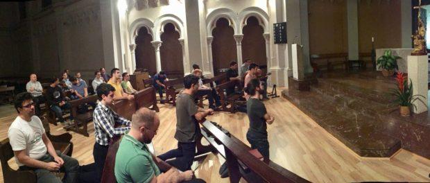 Rosari en comunitat per l'Església